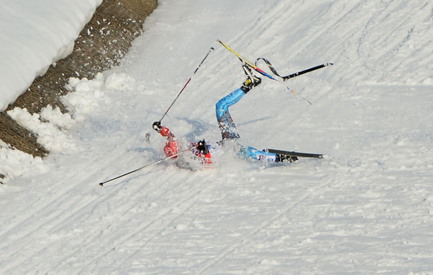 Russian Anton Gafarov fell with a broken ski in the semifinal. (Getty Images)