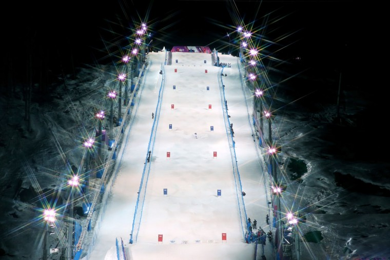 General view of the Rosa Mogul course during the Ladies' Moguls Final 1 on day one of the Sochi 2014 Winter Olympics at Rosa Khutor Extreme Park on February 8, 2014 in Sochi, Russia. (Photo by Julian Finney/Getty Images)
