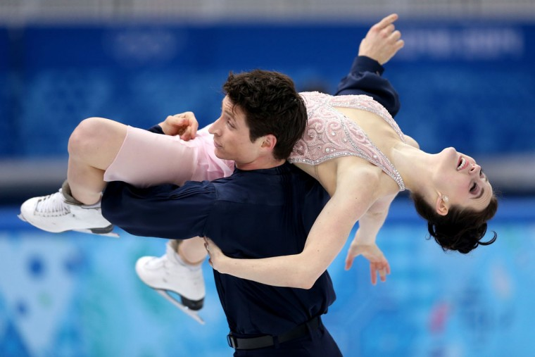 Tessa Virtue and Scott Moir of Canada compete in the figure skating ice dancing free dance program during the Sochi 2014 Winter Olympics at Iceberg Skating Palace on February 17, 2014 in Sochi, Russia. (Matthew Stockman/Getty Images)