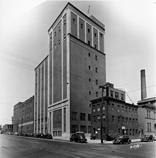 The old Gunther Brewing buildings, Brewers Hill neighborhood in Baltimore, Md. (Credit: Obrecht Commercial Real Estate)