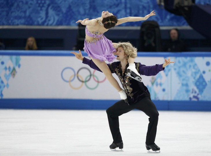 Meryl Davis and Charlie White of the U.S. compete during the figure skating ice-dance free dance program at the Sochi 2014 Winter Olympics, February 17, 2014. (Lucy Nicholson/Reuters)