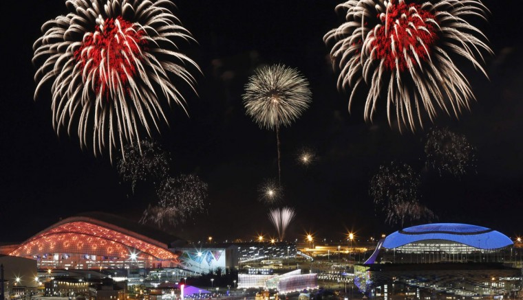 Fireworks are seen over the Olympic Park during the rehearsal of the opening ceremony at the Adler district of Sochi, February 1, 2014. Sochi will host the 2014 Winter Olympic Games from February 7 to February 23. REUTERS/Alexander Demianchuk