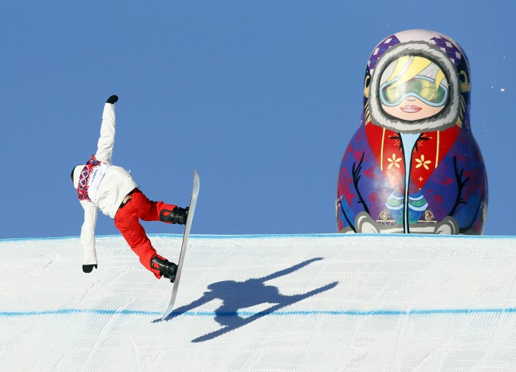 Koch Lucien (SUI) falls during men's slopestyle semifinals at the Sochi 2014 Olympic Winter Games at Rosa Khutor Extreme Park. (Nathan Bilow-USA TODAY Sports)