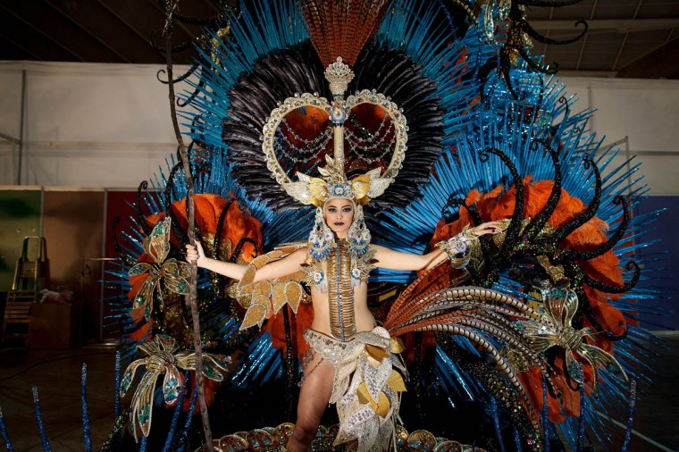 Nominee Amanda Perdomo poses for photographs backstage before she was elected as Queen of the 2013 Santa Cruz carnival on February 26, 2014 in Santa Cruz de Tenerife on the Canary island of Tenerife, Spain. The Carnival of Santa Cruz de Tenerife brings thousands of revellers every year. Santa Cruz is the closest European equivalent to the Brazilian Carnival from Rio Janeiro. (Pablo Blazquez Dominguez/Getty Images)