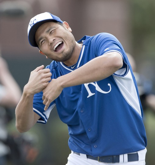 Kansas City Royals pitcher Bruce Chen jokes with teammates during a spring training workout on Tuesday, Feb. 25, 2014, in Surprise, Az. (John Sleezer/Kansas City Star/MCT)