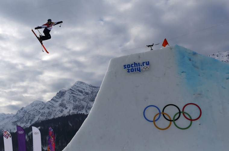 Britain's Katie Summerhayes performs a jump during the women's freestyle skiing slopestyle qualification event at the 2014 Sochi Winter Olympic Games in Rosa Khutor February 11, 2014. (REUTERS/Dominic Ebenbichler)