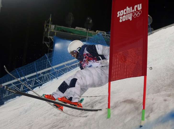 Bradley Wilson (USA) falls in men's moguls finals during the Sochi 2014 Olympic Winter Games at Rosa Khutor Extreme Park. (James Lang-USA TODAY Sports)