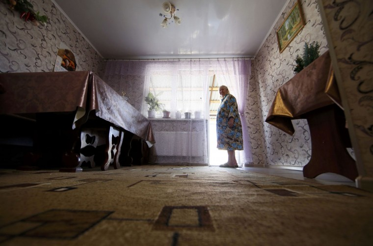 Lyudmila Frolova in her home in Sochi, February 12, 2014. (Eric Gaillard/REUTERS)