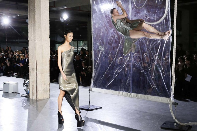A model presents a creation by Iris Van Herpen during the 2014/2015 Autumn/Winter ready-to-wear collection fashion show, on March 4, 2014 in Paris. (Patrick Kovarik/AFP/Getty Images)