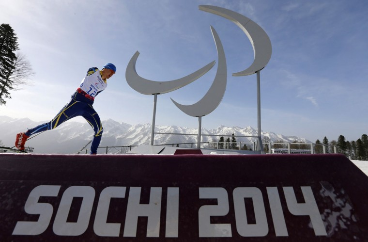 Ukraine's Vitalii Sytnyk skis during the men's 20 km cross-country standing at the 2014 Sochi Paralympic Winter Games in Rosa Khutor March 10, 2014. (REUTERS/Alexander Demianchuk)
