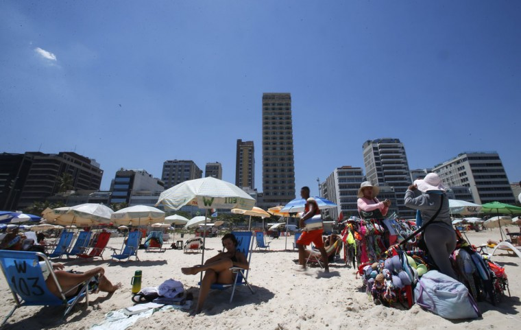 The Caesar Park hotel (higher building), where the Netherlands soccer squad is staying for the FIFA 2014 World Cup, is pictured in the Ipanema neighborhood in Rio de Janeiro. (REUTERS/Sergio Moraes)
