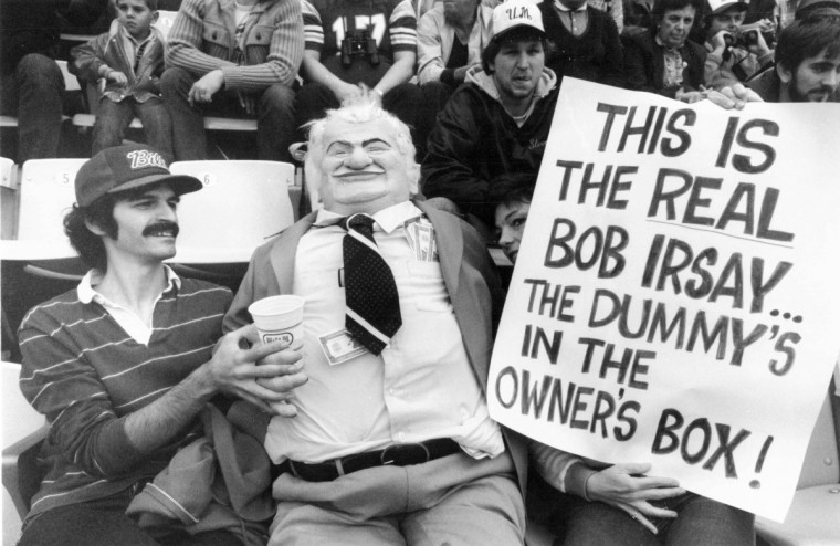 In November 1981 fans shows displeasure with Bob Irsay at a Colts vs the Philadelphia Eagles game. (J. Pat Carter/Baltimore Sun file photo)