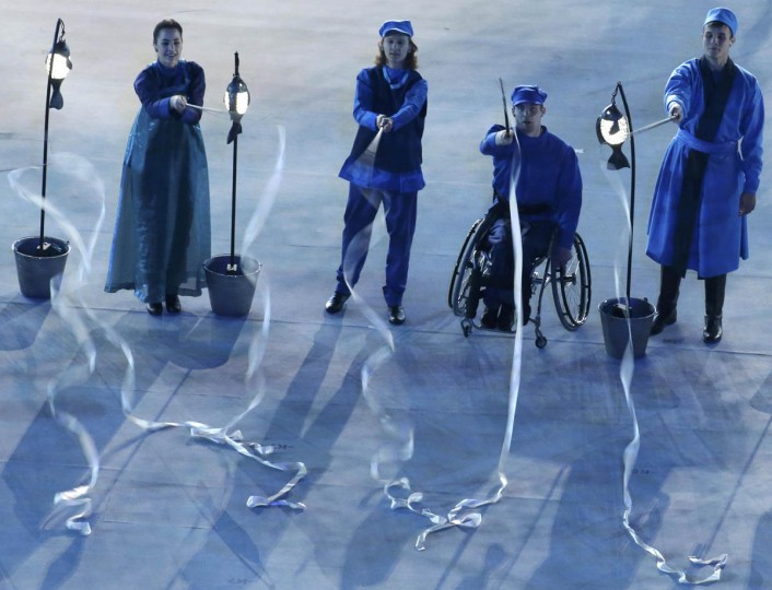 Performers take part in the opening ceremony of the 2014 Paralympic Winter Games in Sochi March 7, 2014. (Christian Hartmann/Reuters photo)