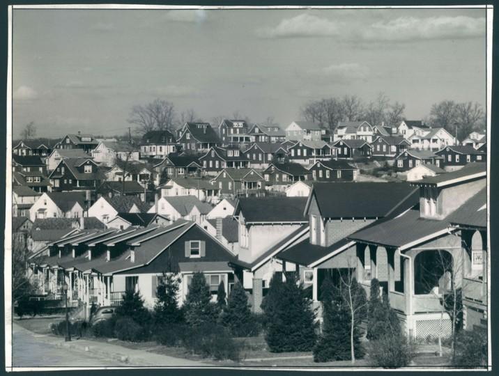 Scenes of Hamilton Hills, Jan. 2, 1941. (Baltimore Sun file)