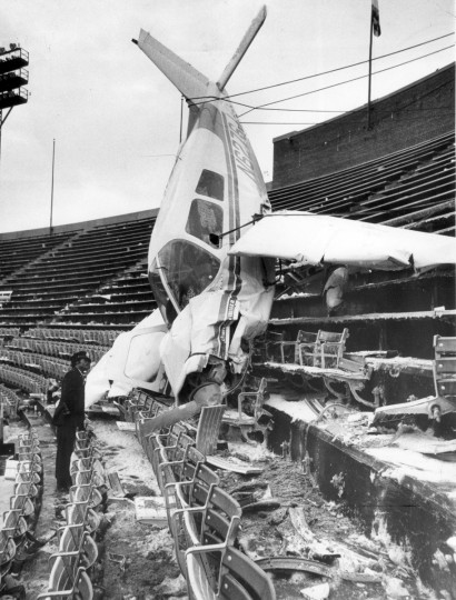 In December 1976, pilot Donald Kroner crashed his plane into the upper deck of Memorial Stadium after the Colts-Steelers game. (Lloyd Pearson/Baltimore Sun)