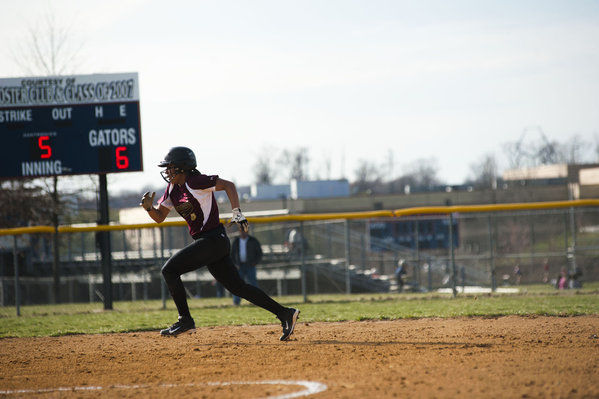 Hammond's Keyvana Griffin races from second base against Reservoir during a softball game on April 2. (Noah Scialom/BSMG)