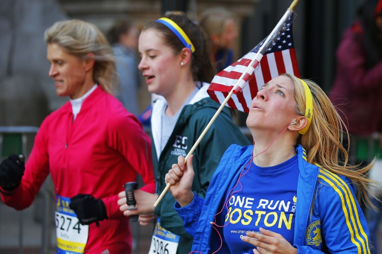 Runners compete in the Boston Athletic Association's 5K race in Boston, Massachusetts April 19, 2014. The 118th running of the Boston Marathon will be held April 21. (REUTERS/Brian Snyder)