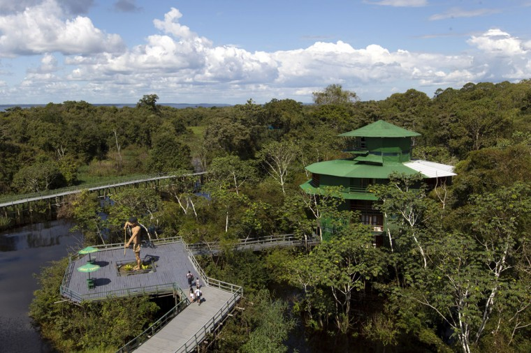 An aerial view of the Ariau hotel in the Amazon jungle near to Manaus, in northern Brazil, March 28, 2014. Manaus is one of the host cities for the 2014 soccer World Cup in Brazil. (REUTERS/Bruno Kelly)