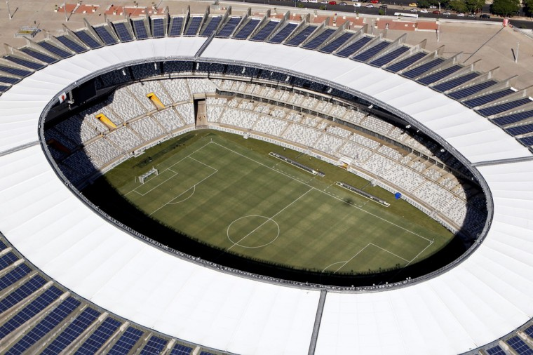 An aerial view of the Estadio Mineirao, one of the stadiums hosting the 2014 World Cup soccer matches, in Belo Horizonte, April 10, 2014. (REUTERS/Washington Alves)