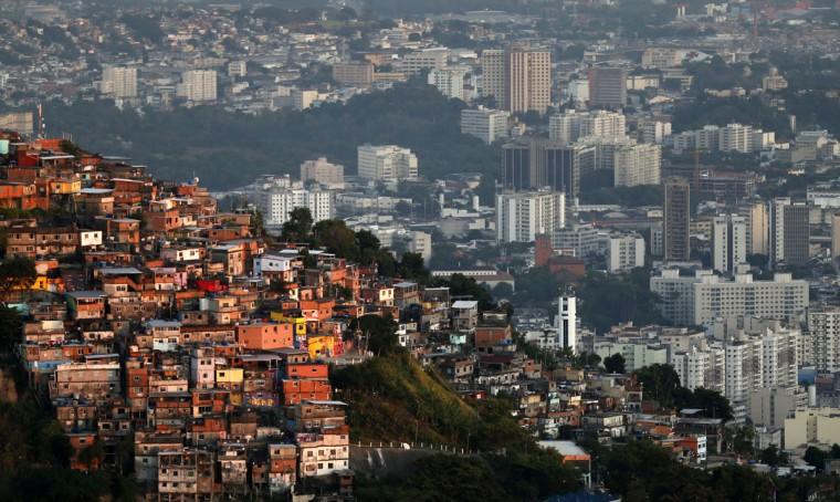 A view of the Turano slum in Rio de Janeiro on March 11, 2014. (REUTERS/Sergio Moraes)