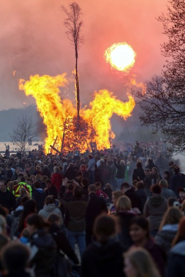 A tradition on the Eve of Easter, a fire rages on from the banks of the river Elbe in Hamburg's Blankenese district, northern Germany. (Bodo Marks/AFP/Getty Images)