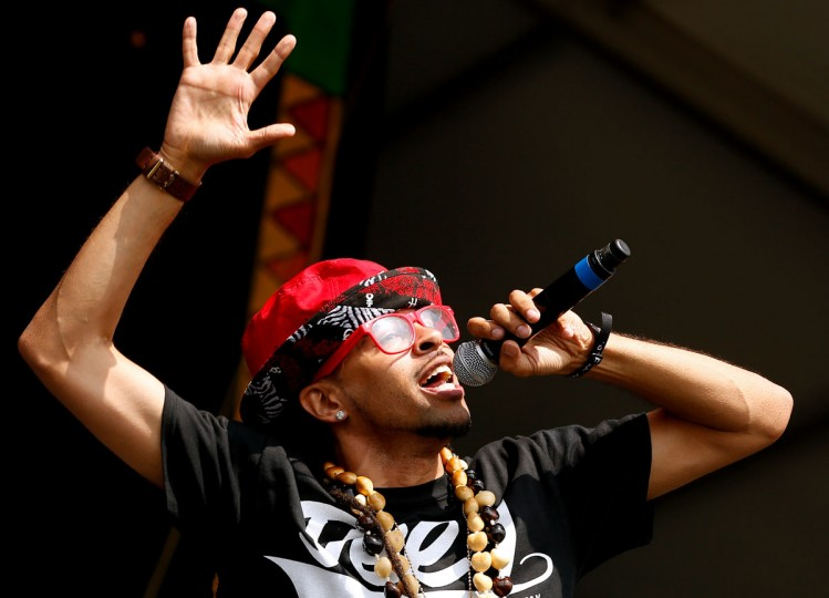 Dee-1 performs during the first day of the New Orleans Jazz and Heritage Festival. (REUTERS/Jonathan Bachman)
