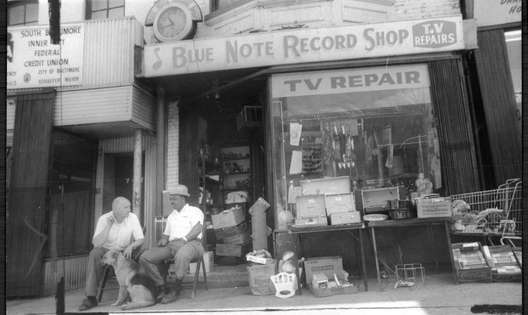 Nothing much to do but chat away the time at one of the remaining storefronts on the street, July 11, 1976, during the Ridgely's Delight urban renewal renovations. (Baltimore Sun file)