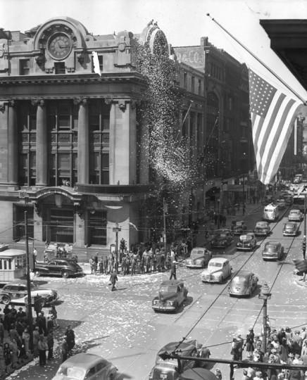 V.E. Day at Sun Square May 1945 (Baltimore Examiner and Washington Examiner)
