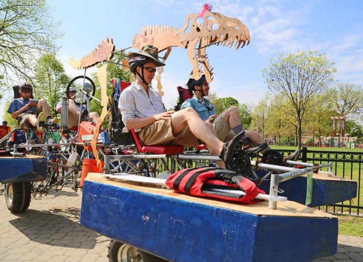 The annual Kinetic Sculpture Race kicked off this year starting at the American Visionary Art Museum and wound its way through Federal Hill, the Inner Harbor, Canton and Patterson Park. (Kaitlin Newman/Baltimore Sun)