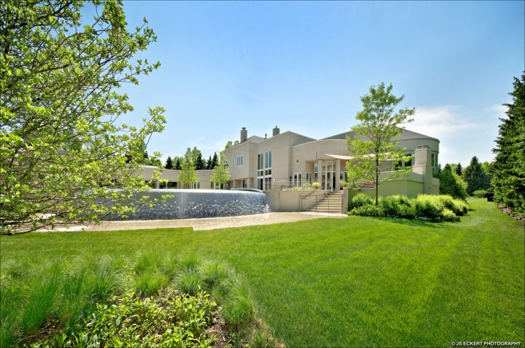 Exterior of Michael Jordan's home located north of Chicago. (JS Eckert Photography)