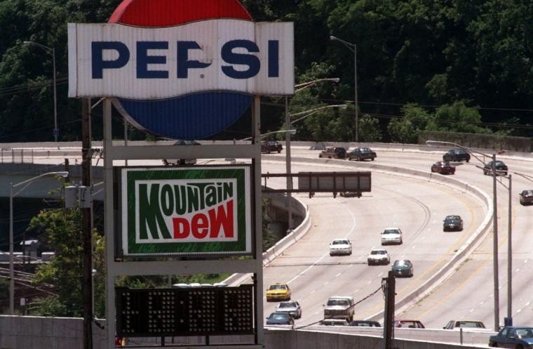 Pepsi sign on I-83 in 1996. (Sun photo by Doug Kapustin)