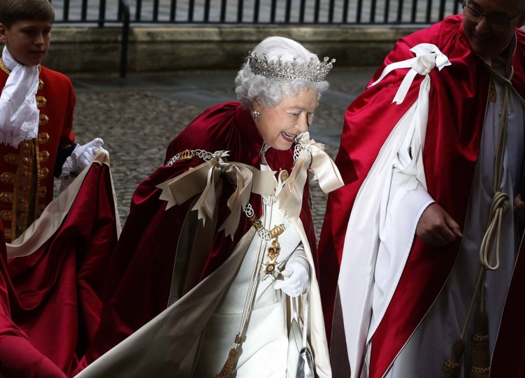 Britain's Queen Elizabeth arrives for a Service of the Order of the Bath at Westminster Abbey in London May 9.  The service is held every four years and attended by the Prince of Wales, while the Queen also attends every second service.  The Queen last attended in 2006.  || PHOTO CREDIT: LUKE MACGREGOR   - REUTERS