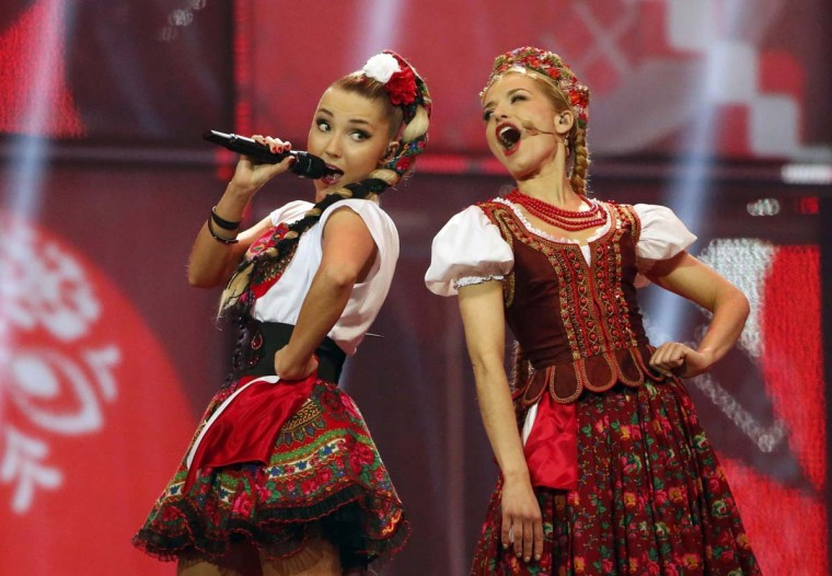 """Donatan & Cleo representing Poland perform the song """"My Slowianie- We Are Slavic"""" during the grand final of the 59th Eurovision Song Contest at the B&W Hallerne in Copenhagen May 10, 2014. REUTERS/Tobias Schwarz"""
