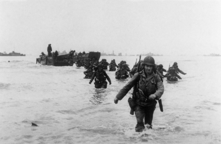 American troops of the 4th Infantry Division land on Utah Beach on June 6, 1944 while Allied forces storm the Normandy beaches on D-Day. (AFP/Getty Images)