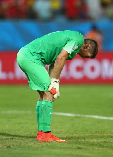 A frustrated Mathew Ryan of Australia reacts during the 2014 FIFA World Cup Brazil Group B match between Chile and Australia at Arena Pantanal on June 13, 2014 in Cuiaba, Brazil. (Clive Brunskill/Getty Images)
