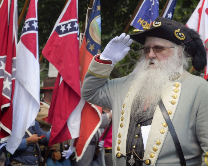 "Bob Parker salutes after laying a wreath at the ""Stonewall"" Jackson monument. (Doug Kapustin/for The Baltimore Sun)"