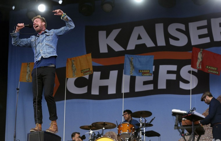 Singer Ricky Wilson of the band Kaiser Chiefs performs on the Other Stage at Worthy Farm in Somerset, on the third day of the Glastonbury music festival June 27, 2014. (Cathal McNaughton/Reuters)