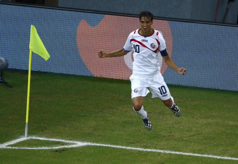 Costa Rica's Bryan Ruiz celebrates after scoring a goal during the 2014 World Cup round of 16 game between Costa Rica and Greece at the Pernambuco arena in Recife June 29, 2014. (Ruben Sprich/Reuters)
