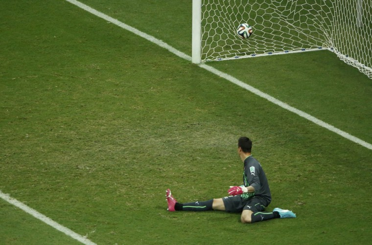 Switzerland's goalkeeper Diego Benaglio watches France's Moussa Sissoko score France's fifth goal during their 2014 World Cup Group E soccer match at the Fonte Nova arena in Salvador June 20, 2014. (Fabrizio Bensch/Reuters)