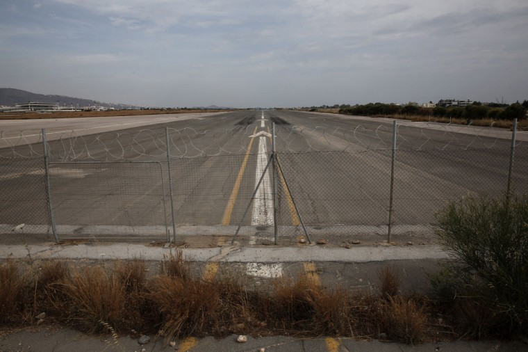 A runway is seen at the former Athens International airport of Hellenikon on June 17, 2014. (REUTERS/Yorgos Karahalis)