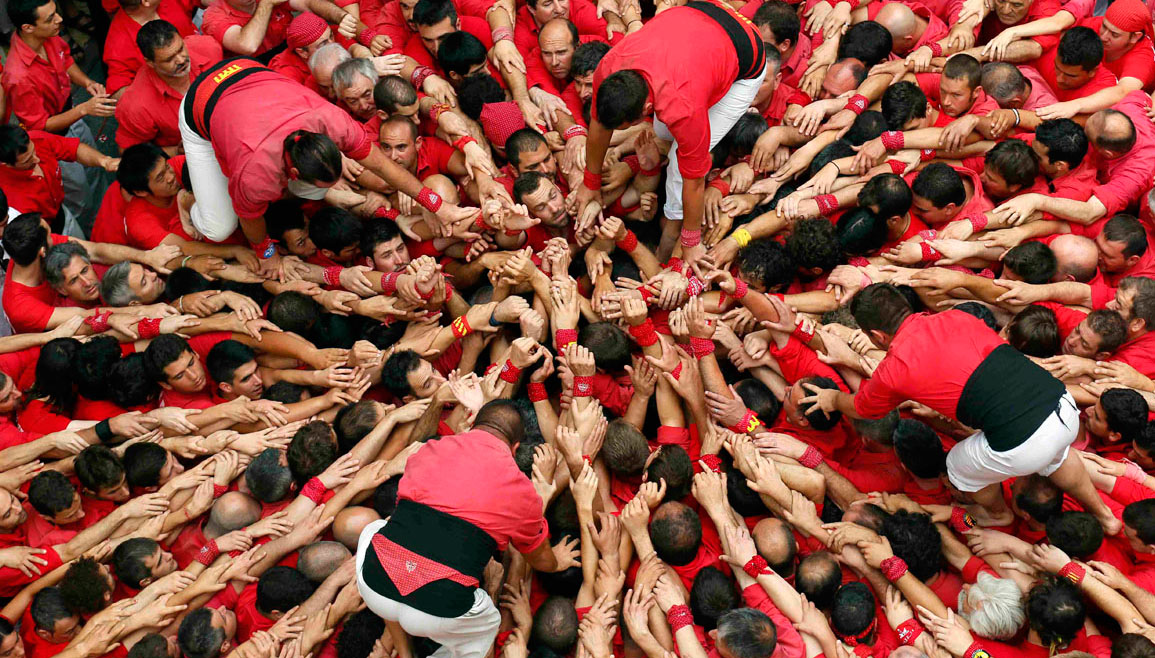 A human tower, phone-hacking trial verdict, a biting controversy | June 24