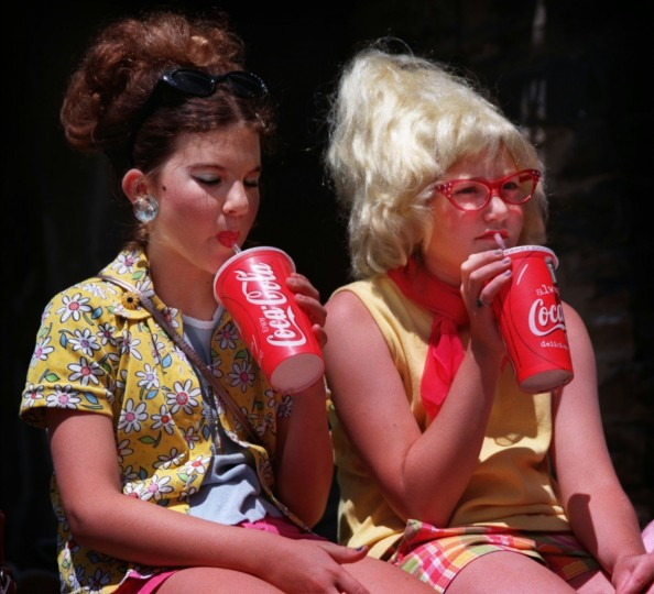 6/6/98--Chiari Lattanzi (cq), 11 (LT) and her bestfriend Leah Platek (cq), 11 (RT) takes a break before they go onto the 5th annual Best Hon Contest for the beehive hair category. Both are native Baltimoreans, hon. (Photo by Chiaki Kawajiri/staff)