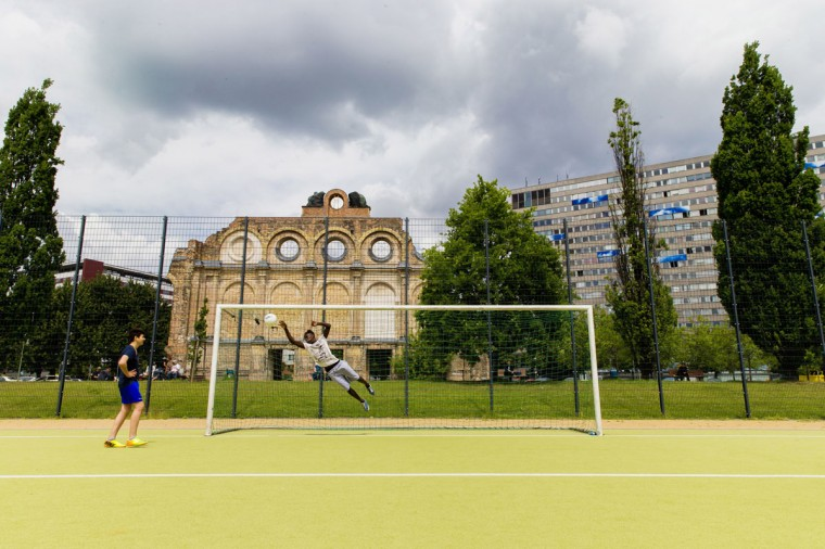 Goalposts stand in a public soccer pitch in Berlin, Germany on June 1, 2014. (REUTERS/Thomas Peter)