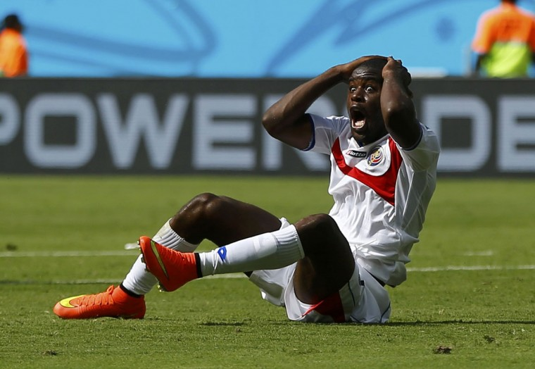 Costa Rica's Joel Campbell reacts to a decision by referee Enrique Osses of Chile (not seen) during their 2014 World Cup Group D soccer match against Italy at the Pernambuco arena in Recife June 20, 2014. (Dominic Ebenbichler/Reuters)