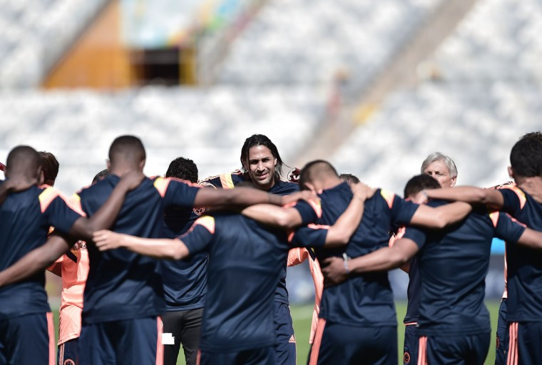 Colombia's defender and captain Mario Alberto Yepes (C) gathers with teammates during a training session at Mineirao Stadium in Belo Horizonte on June 13, 2014, on the eve of their 2014 FIFA World Cup Group C football match Colombia vs Greece. (Aris Messinis/AFP/Getty Images)