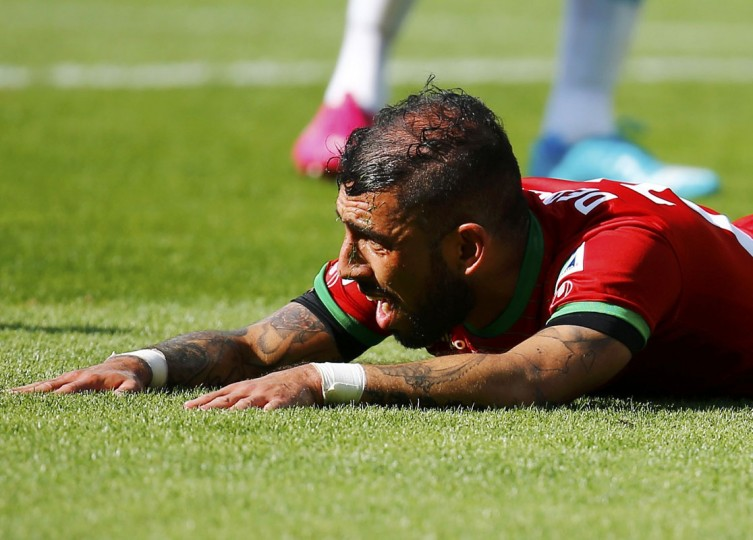 Iran's Ashkan Dejagah reacts after missing a scoring opportunity during their 2014 World Cup Group F soccer match against Argentina at the Mineirao stadium in Belo Horizonte June 21, 2014. (Kai Pfaffenbach/Reuters)