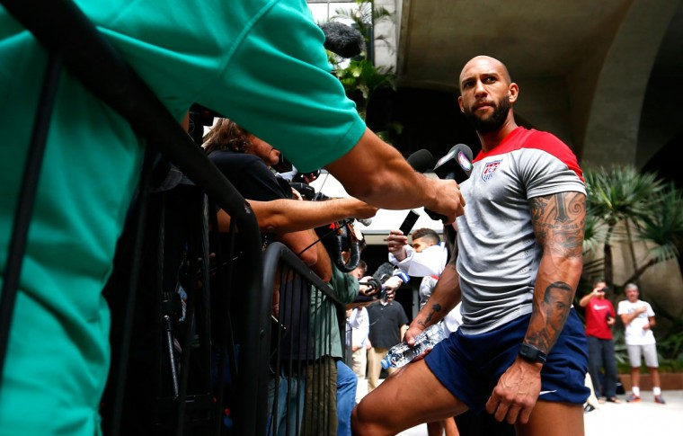Goalkeeper Tim Howard of the United States speaks with the media at the Hotel Tivoli Sao Paulo Mofarrej on June 13, 2014 in Sao Paulo, Brazil. (Photo by Kevin C. Cox/Getty Images)