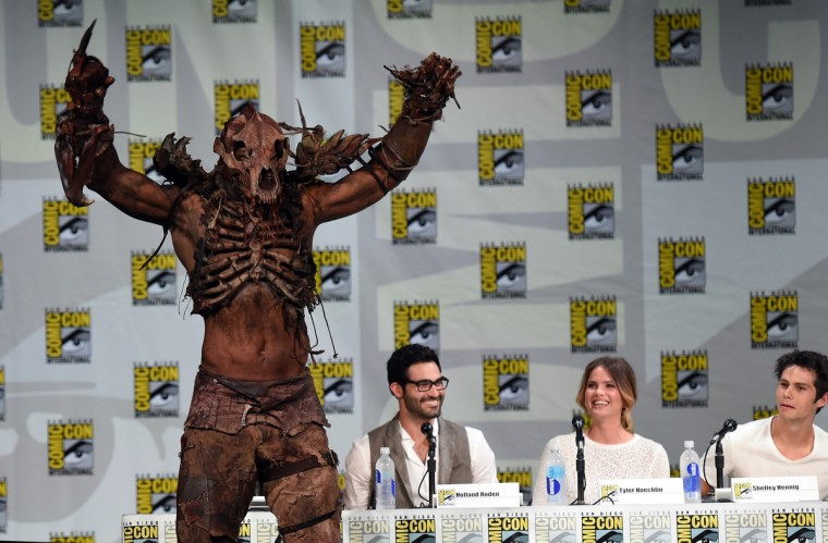 "(L-R) Actor John Duff, Tyler Hoechlin, Shelley Hennig and Dylan O'Brien attend MTV's ""Teen Wolf"" panel during Comic-Con International 2014 at the San Diego Convention Center on July 24, 2014 in San Diego, California. (Photo by Ethan Miller/Getty Images)"