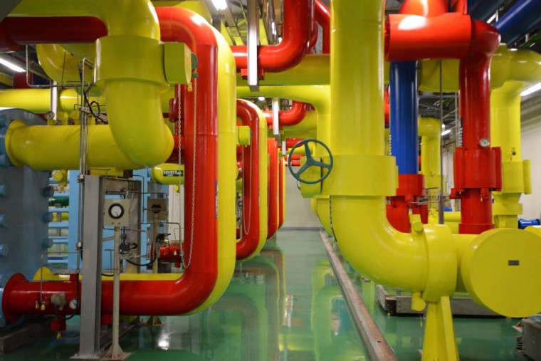 "Shoppable hangout: This picture shows part of a Google data center on December 11, 2013. Google plans to debut a new ""shoppable hangout"" in India January 20, according to India TV. (SAM YEH/AFP/Getty Images)"