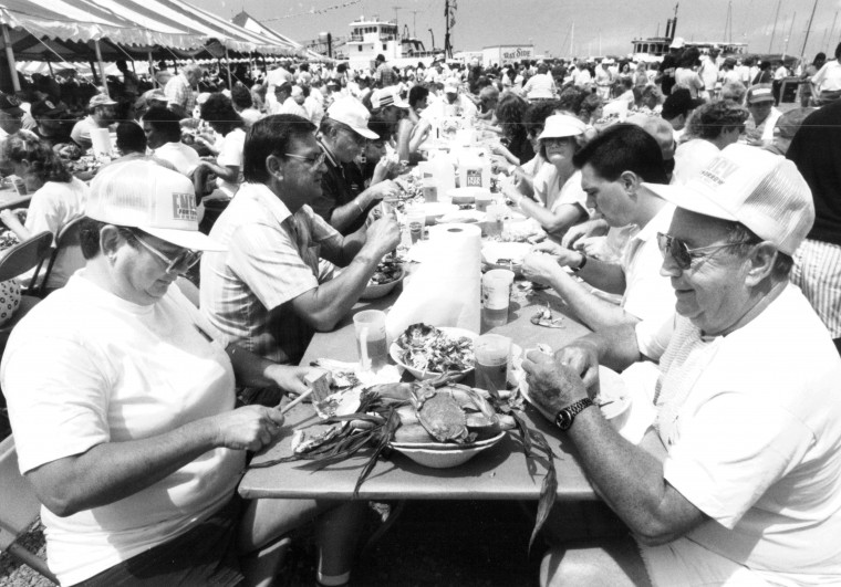 Crisfield Somers Cove Marina. Pat and Melvin Cutchall eat crabs at the annual Tawes crab and clam bake. (Jed Kirschbaum, July 20, 1989, Sun photo)